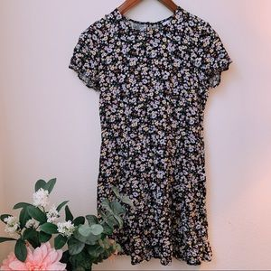 H&M Floral Dress 🌿